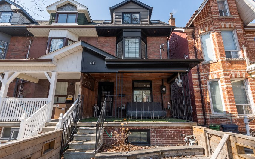 488 Manning Avenue -
